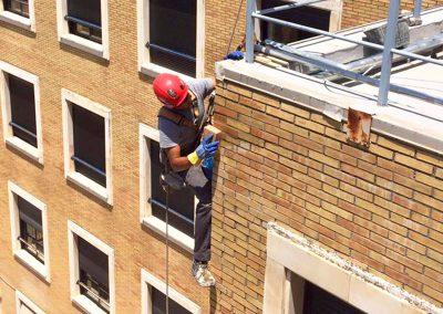 Dali Trabajos Verticales. Rehabilitación de fachada.