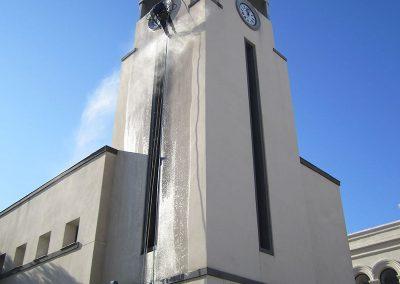 Trabajos verticales Dalí. Limpieza de fachada.