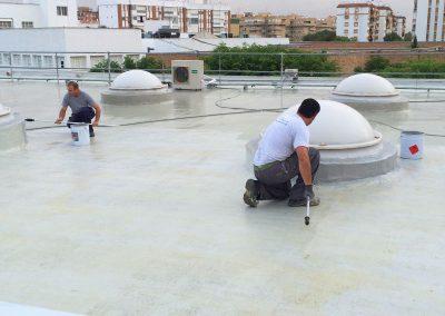 Trabajos verticales Dalí. Impermeabilización de cubierta con poliuretano.